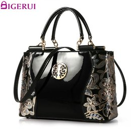 $enCountryForm.capitalKeyWord Canada - DIGERUI Women Patent Leather Handbags Good Quality Embroidery Vintage Shoulder Bags Female Messenger Bag A846