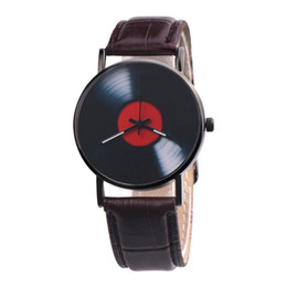 Chinese  2018 Fashion Large Dial  Quartz Men Watch CasualUnisex Retro Design Analog Alloy Quartz Watch Top Brand Watches manufacturers