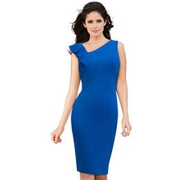 88b26ee09 Nueva llegada azul apretado Bodycon vestido sin mangas Pathwork delgado  oblicua cuello longitud de la rodilla Negro vestido de lápiz Wear To Work