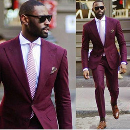 41e921ba64 Hermoso vino tinto Prom Tuxedos de alta calidad de dos piezas hombres trajes  boda desgaste formal envío gratis