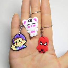 Mode Mini Größe Anime Keychain Nette Katze Marvel Spider Man Schlüsselanhänger für Frauen Cartoon PVC Schlüsselanhänger Tasche Phone Straps Kette