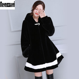 $enCountryForm.capitalKeyWord NZ - New 2017 Winter Black And White Contrast Color Faux Fur Coat With Hood Long Sleeve Fashion Fake Fur Jackets Plus Size 5XL 6XL
