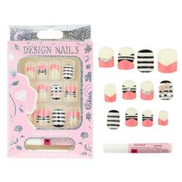 $enCountryForm.capitalKeyWord Canada - Wholesale- 12 Pcs Box Fake Nails With 2g Glue 3D Cats Rhinestones Pearl 17 Design Press On Nails DIY Beauty Acrylic Nail Tips JH316-JH332