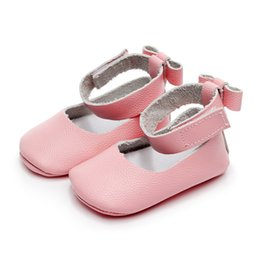 c5c3f10893b7 2018 new Genuine Leather Baby moccasins High quality toddler boys girls  mary jane ballet Shoes bow first walkers soft bottom