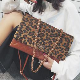 chain style designer clutch 2019 - European Style Fashion Handbag 2018 New Women's Rivet Designer Quality PU Leather Chain Shoulder bag Hand Holding E