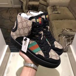 Vente en gros 2018 Super marque Designer chaussures dernière mode casual baskets taille 35-45 en cuir ouvrier super chaud chaussures pour hommes chaussures pour femmes GNB7 N21