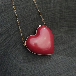 Popular Hand Bags NZ - 2018 New Design Popular Heart-shaped Small Bags Evening Party Wedding Bridal Hand Bags Fashion Bag with Chains Lovely Gift
