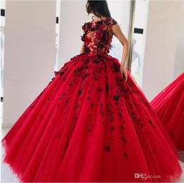 Discount lavender fluffy prom dresses - Red Ball Gown Prom Dresses 3D Floral Appliqued Cap Sleeve Evening Gowns Fluffy Tulle Quinceanera Dresses Dubai Evening W