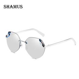 2bcfe849c8 wholesale Diamond Sunglasses Women Fashion Luxury Metal Shades Brand  Designer Pilot Sunglass Lady Eyeglasses Vogue Oval Sun Glasses