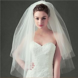 Discount short veil styles - New Bride Bedding Veil Headdress Double Simple Short With Comb Veil Bridal Style Fluffy Wedding Accessories WY227