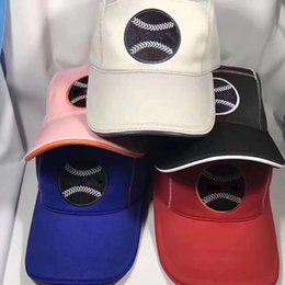 Опт Весна высокого качества, модные мужские и женские шапки дизайнер теплая шерстяная шапка на открытом воздухе отдыха бейсболки с коробкой