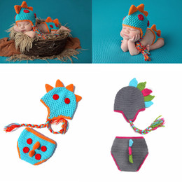 CroChet baby Clothes online shopping - Infant Crochet photography Set Newborn Photography Props dinosaur knit hat shorts suit set Cartoon Baby Cosplay Party clothing AAA979