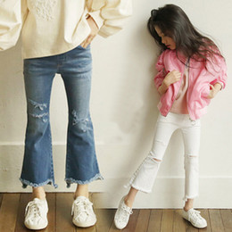 jeans for baby girls Canada - Fashion Baby Girl Pants Elastic Boot Cut White Ripped Jeans Cropped Denim Flare Jeans 2 Color for Choose 18032803