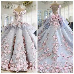Vente en gros 2019 De luxe 3D Fleurs Appliques Robe De Bal Robe De Mariage Avec Des Fleurs À La Main Fleurs Sheer Cou Robes De Mariée Robe De Mariage
