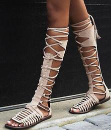 Nouvel été femmes gladiateur plat genou hautes bottes en daim en cuir haute qualité sandale bottes lacer Sexy Summer Bohemia dames bottes en Solde