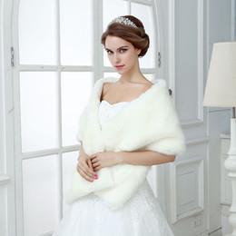 $enCountryForm.capitalKeyWord Canada - Ivory Winter Wedding Bridal Faux Fur Wraps Warm shawls Outerwear Women Jackets For Prom Evening Party CPA1496