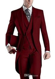 China 2018 fengjiandress Custom Design White Black Grey Burgundy Blue Tailcoats Mens Party Groomsmen Suits Wedding Tuxedos(Jacket+Pants+Vest) supplier custom tailcoat tuxedos suppliers