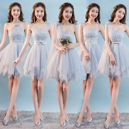 Großhandel Sweet Memory graue kurze Brautjungfer Kleider Braut Schwester Gäste Leistungsphase Champagner Rosa Brautjungfer Kleid SW0013