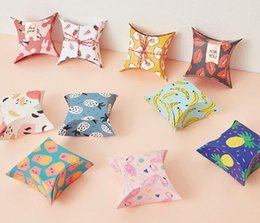 Discount party present box - Paper Pillow Candy Box Chocolate Biscuit Present Pouch Wedding Favors Gift Candy Boxes Home Party Birthday Supply