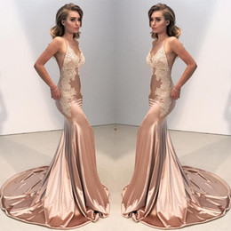 Long fitted bLack evening gowns online shopping - Sexy V Neck Backless Lace Fitted Prom Dress Mermaid Spaghetti Straps Arabic Long Evening Gowns Appliques