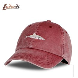 Discount sharks hats - 2018 Top Fashion Washed Baseball Cap Men Pink Shark Embroidery Dad Hat for Women gorras planas snapback Golf bosco sport