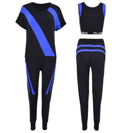 Hot Women Fitness 3 en 1 Conjunto de Yoga Azul   Blanco   Gris Patchwork  Pantalones de sujetador de Yoga Ropa de gimnasia Ropa deportiva Correr  Jogging al ... 25ff889e4059