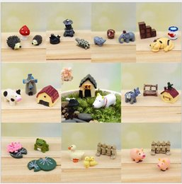 miniature plastic plants 2019 - 30 Pieces 10 Set Lovely Mini Animals Miniatures Plants Fairy Garden Gnome Moss Terrarium Decor Crafts Bonsai Home Decor
