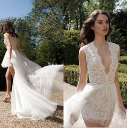$enCountryForm.capitalKeyWord NZ - High Low Boho Beach Wedding Dresses With Detachable Tulle Skirt Sexy Deep V Neck Bridal Gowns Simple Cheap Short Lace Wedding Dress