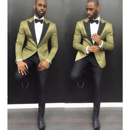 $enCountryForm.capitalKeyWord Canada - Gwenhwyfar New Design Stylish Suit Men Groom Wedding Tuxedos 2 Pieces (Green Jacket+Black Pants) Party Prom Formal Satin Men Tuxedo