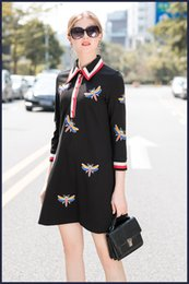 $enCountryForm.capitalKeyWord NZ - Free shipping 2018 Black Lapel Neck Long Sleeve Panelled dragonfly Embroidery Milan Runway Dress Brand same style Dress 16-9