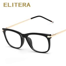 ELITERA Alta Qualidade 2017 Novas Mulheres Óculos Ópticos Quadro Mulheres  Óculos Frames Eyewear Quadrado clássico Quadro Oulos De sol 5d292919fc
