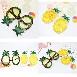 christmas ornament ball 2019 - Pineapple Glasses Party Supplies Funny Ball Sandy Beach Summer Photograph Articles Prop Yellow Green Spectacles Ornament