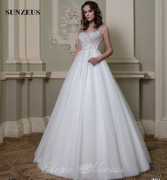 Elegant V Neck Tailored Wedding Dress High Qiality Crystal Beaded Bridal Gowns China Custom Made Long Iovry Bride Puffy Tulle Gown Tailor