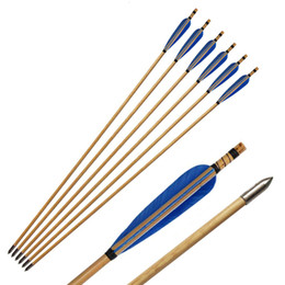 wooden archery bow Canada - Archery Wooden Arrows Natural Feathers Fletching Shaft Hunting with Replacement Broadheads Screw-in Tips Points for Recurve takedown Bows