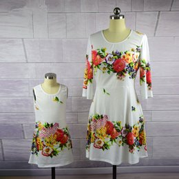 $enCountryForm.capitalKeyWord NZ - Mom and Daughter Dresses Family Matching Outfits Floral Print Clothes for Mommy Me Mother Baby Girl Evening Dress Look