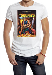 Men T Shirt Gun Australia - goonie t-shirt movie poster retro 80s guns gold money chunk Print Short Sleeve Men Top Novelty T Shirts Men'S Brand Clothing