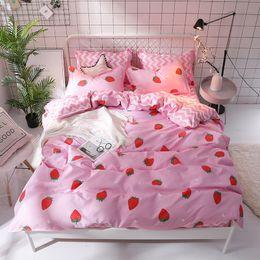 princess print bedding set 2019 - 3 4pcs girls Princess style bedding set Duvet covers Pink red strawberry stripe flat bed sheet Twin full Queen King bedc