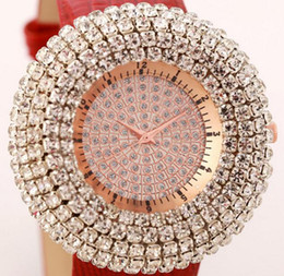 $enCountryForm.capitalKeyWord Canada - Women Luxury super Full coverage Diamond Watch Women Fashion Table Fountain Decorative Classic noble gift Leather strap crystal Gold watch