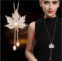 maple leaf diamond NZ - 2018 vintage Maple Leaves Pendant Necklace Leaf Golden silver hip hop jewelry hiphop Necklace Diamond Long chains