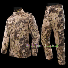 China Tactical Multicam Uniform Combat Suit For Hunting Camping CS with Jacket+ Pants cheap multicam uniforms suppliers