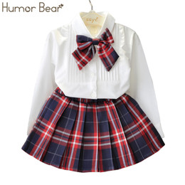 $enCountryForm.capitalKeyWord NZ - Humor Bear Autumn KidsTracksuit Baby Girl Clothes Girls Clothing Sets Long Sleeve+Grid Skirt +bowknot Casual 3PCS girls suits