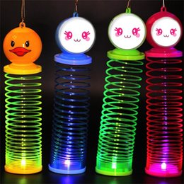 2018 Hot Sell Plastic Funny Toys Cartoon Rainbow Color Glow Lantern New Mini Portable Light Children Spring Coil Folding Novelty & Gag Toys