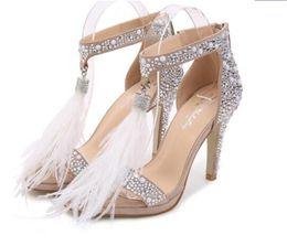 dca17623 Rhinestone pluma zapatos de tacón alto sandalias de cristal mujer verano  estilete dulce boda nupcial zapatos blanco zapatos de boda sandalias