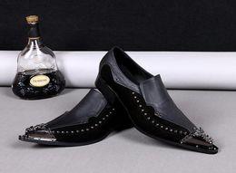 $enCountryForm.capitalKeyWord Australia - Wedding Italian Oxfords Shoes for Men Casual Genuine Leather Shoes Fashion Pointed Toe Rivet Punk Style Dress Shoes Oxfords