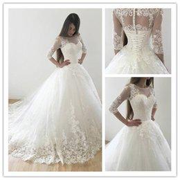 Vestido De Noiva 3/4 maniche Ball Gown Abiti da sposa 2018 Modern White Lace Abiti da sposa Lace Up Abito da sposa Robe De Mariage in Offerta
