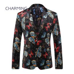 Trajes para hombre negro Tejido de alta calidad proceso de impresión de patrón de mariposa Actor de diseñador adecuado trajes para tiendas de trajes para hombres