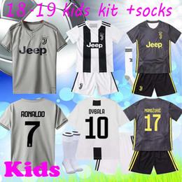 2018 2019 Serie A Juventus RONALDO Jersey 7 kids Soccer jersey 17 MANDZUKIC  10 DYBALA 14 MATUIDI 19 BONUCCI CRISTIANO Football Shirt Kits 1a25dcaa6
