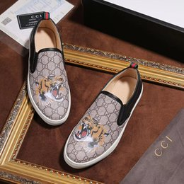 ab384881b Lions shoes online shopping - Luxury brand designer mens casual Sport shoes  New slides Lion print