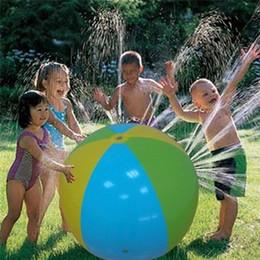eba31da21 75 cm Bola inflable al aire libre del juego del agua Spray divertido de los  niños juega la bola de la regadera de la bola del flotador del agua de la  playa ...