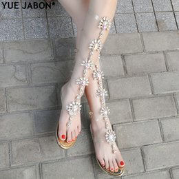 Discount crystal rubbers - YUE JABON Sexy Woman Summer Flat Sandals Gladiator Gold Rhinestone Knee High shoes Bohemia Style Crystal Beach Shoes Big
